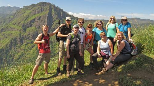 Wandern mit Rucksack und kundiger Reiseleitung